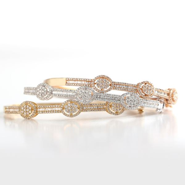 Picture of Tricolore 18k and diamond Bangles