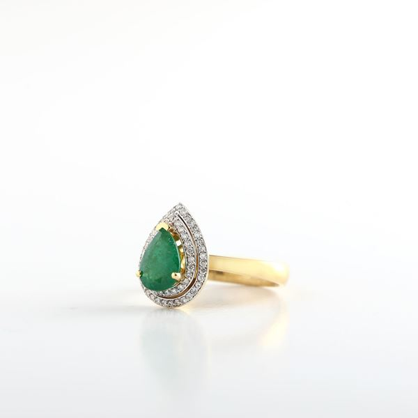 Picture of Pear Emerald Ring