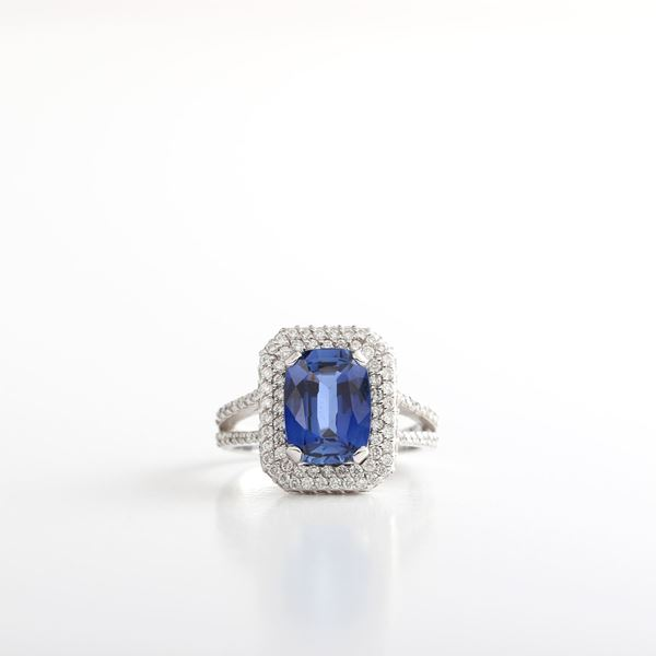 Picture of sapphire ring