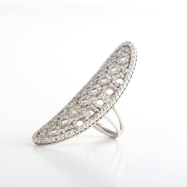 Picture of White Gold & Diamond Ring