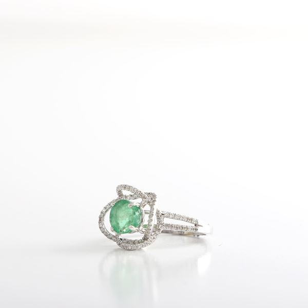 Picture of The Flower Emerald Ring