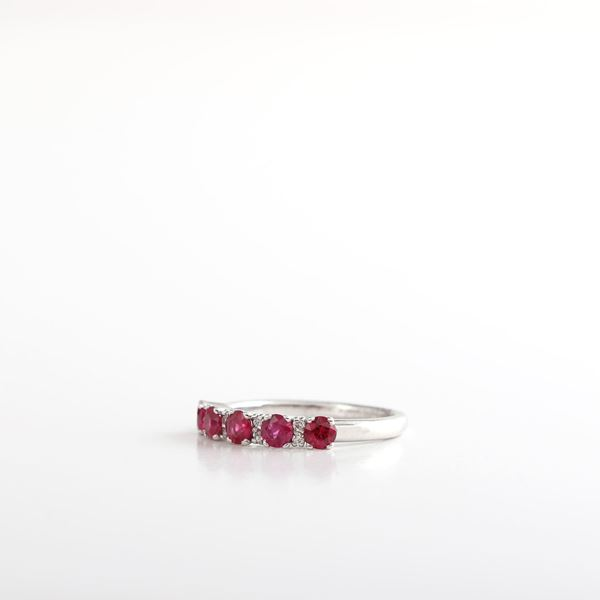 صورة Ruby & Diamond Ring