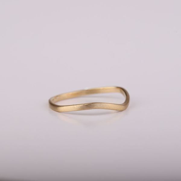 J.R.S. Wavy Ring Side View