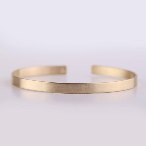 J.R.S. Shiny&Matte  Bangle Bracelet Front View